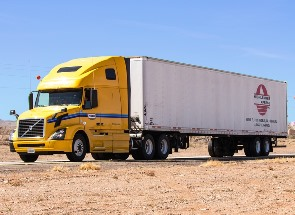 long haul tractor trailer in Ehrenberg AZ